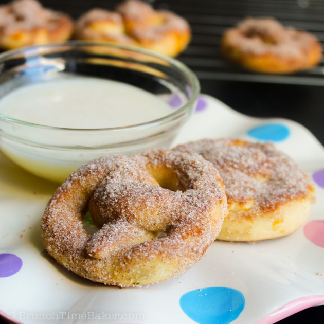 Homemade Mini Cinnamon Pretzels with Dipping Sauce