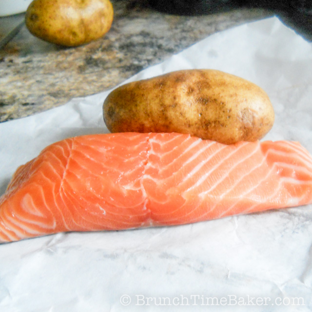 Pan Seared Crispy and Moist Salmon Fillet (1 of 5)
