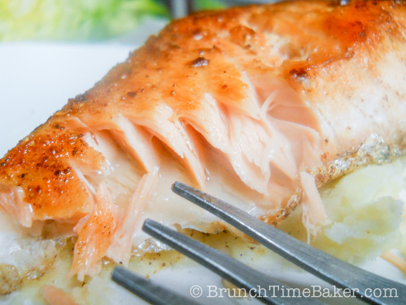 Pan Seared Crispy and Moist Salmon Fillet (5 of 5)