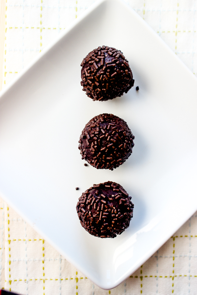 Easy Brownie Batter Truffles