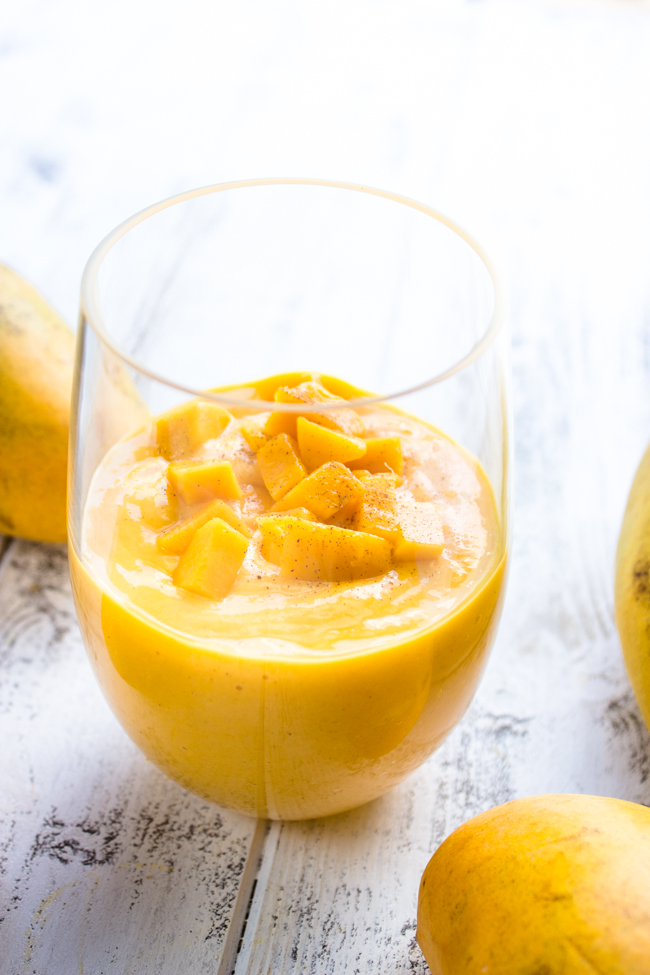 Healthy Mango and Greek Yogurt Smoothie {3 Ingredients}