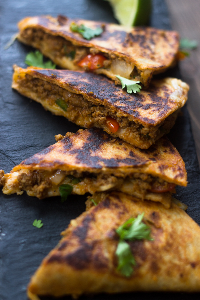 Pico De Gallo Ground Beef Quesadillas in Under 20 MInutes #Easy #MexicanDinners