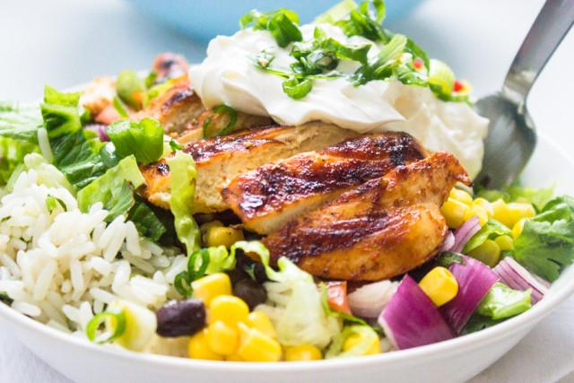 Chipotle S Chicken Burrito Bowl With Cilantro Lime Rice Gimme Delicious