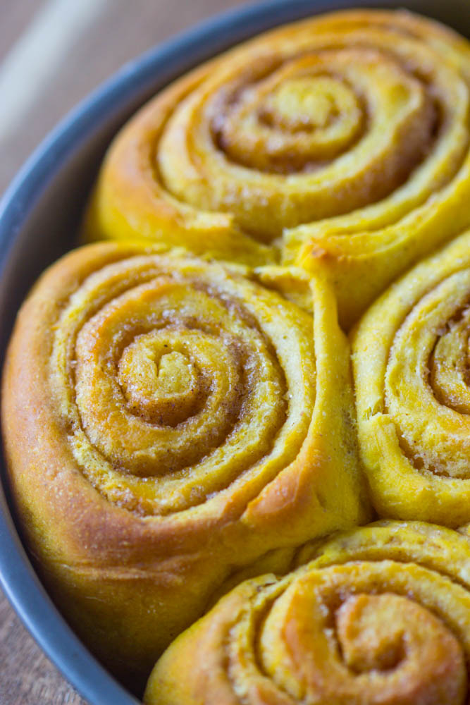 Soft Amp Fluffy Pumpkin Cinnamon Rolls Gimme Delicious