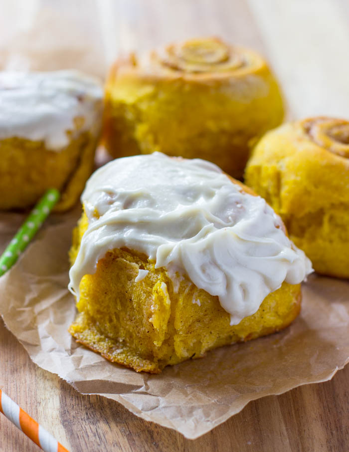 Soft & Fluffy Pumpkin Cinnamon Rolls