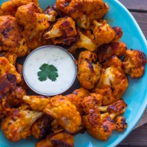 Baked Buffalo Cauliflower wings (Vegan Option)