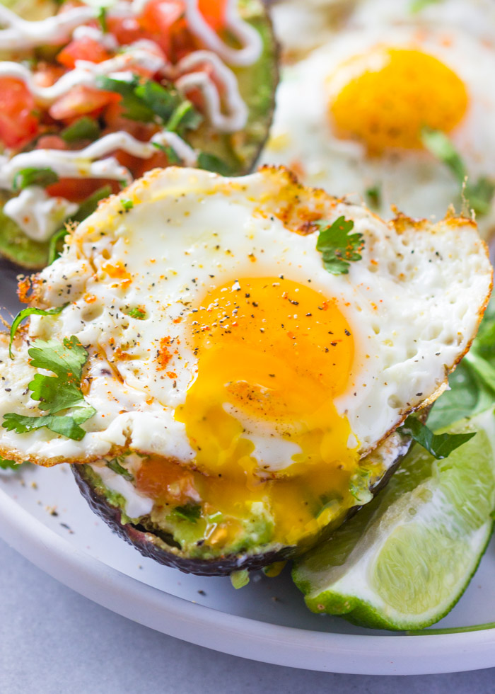 Weight loss Salsa Stuffed Avocado & Eggs Breakfast (Paleo, Low-carb, Skinny)