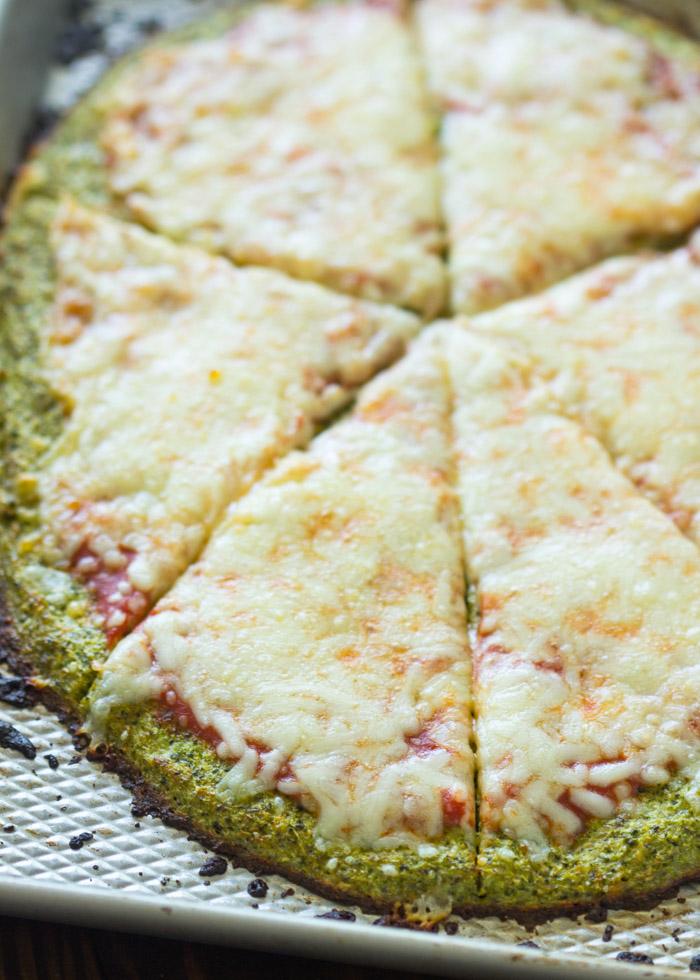 Broccoli Crust Pizza ( Paleo, Low-carb, Gluten free)