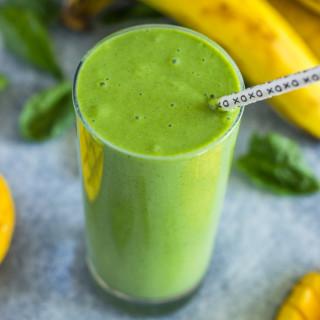 4 ingredient Spinach Mango Banana Green Smoothie