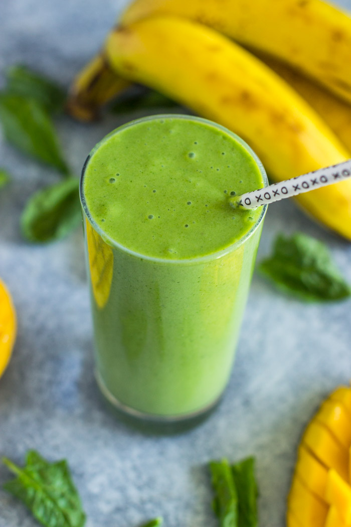 Spinach and Mango Smoothie