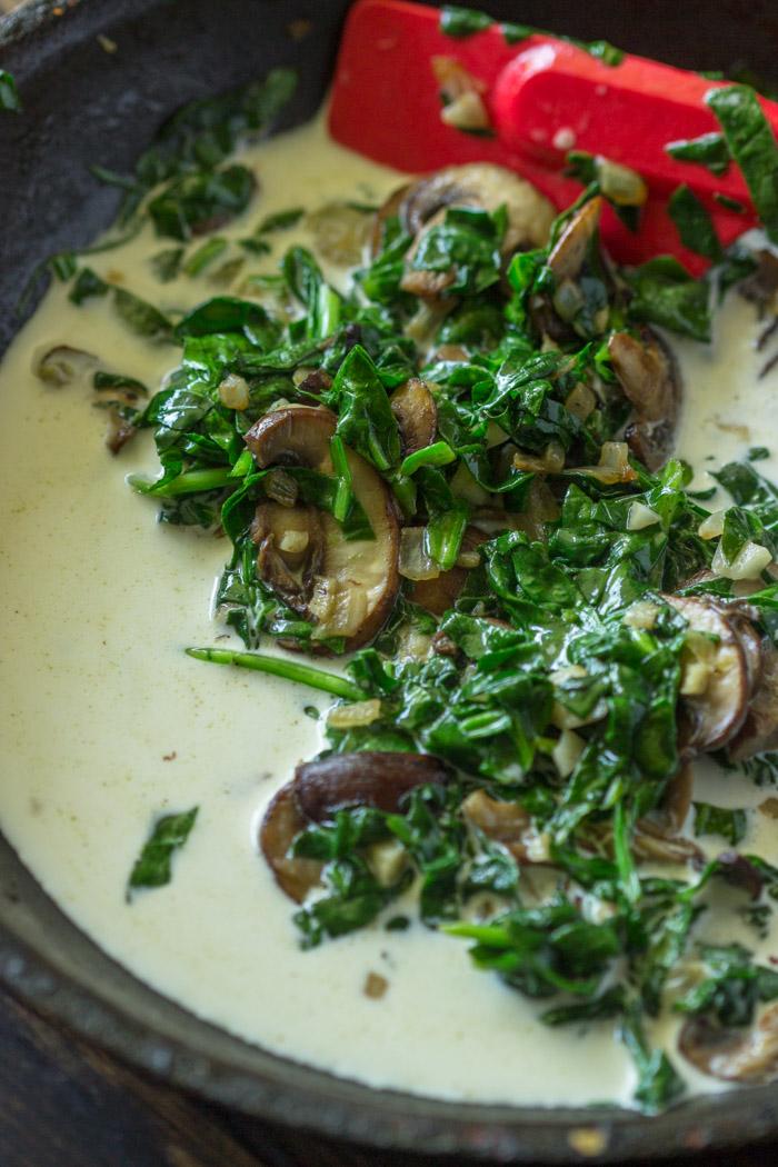Creamy Spinach and Mushroom Pasta Bake