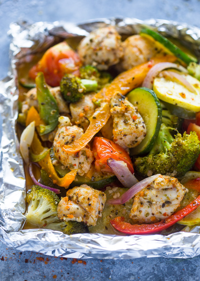 Easy Baked Italian Chicken and Veggie Foil Packets