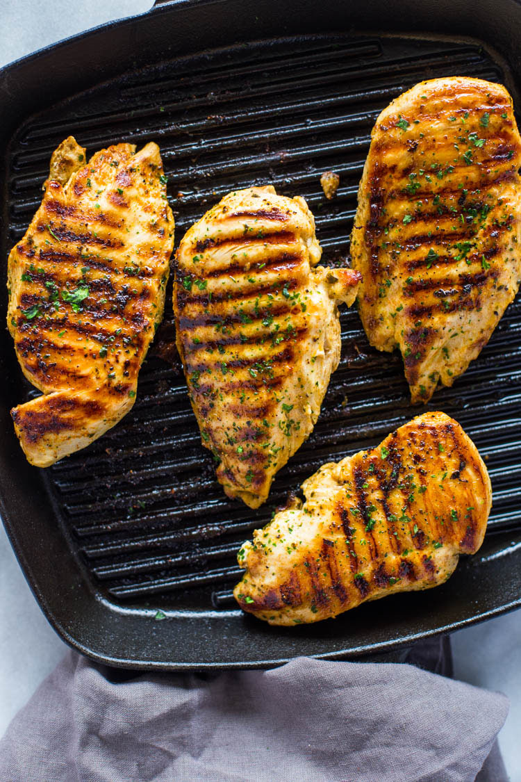How to Grill Chicken on Stove-Top (Easy Grill Pan Method ...