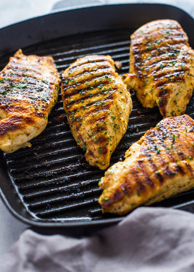 how to grill chicken on stove top easy grill pan method