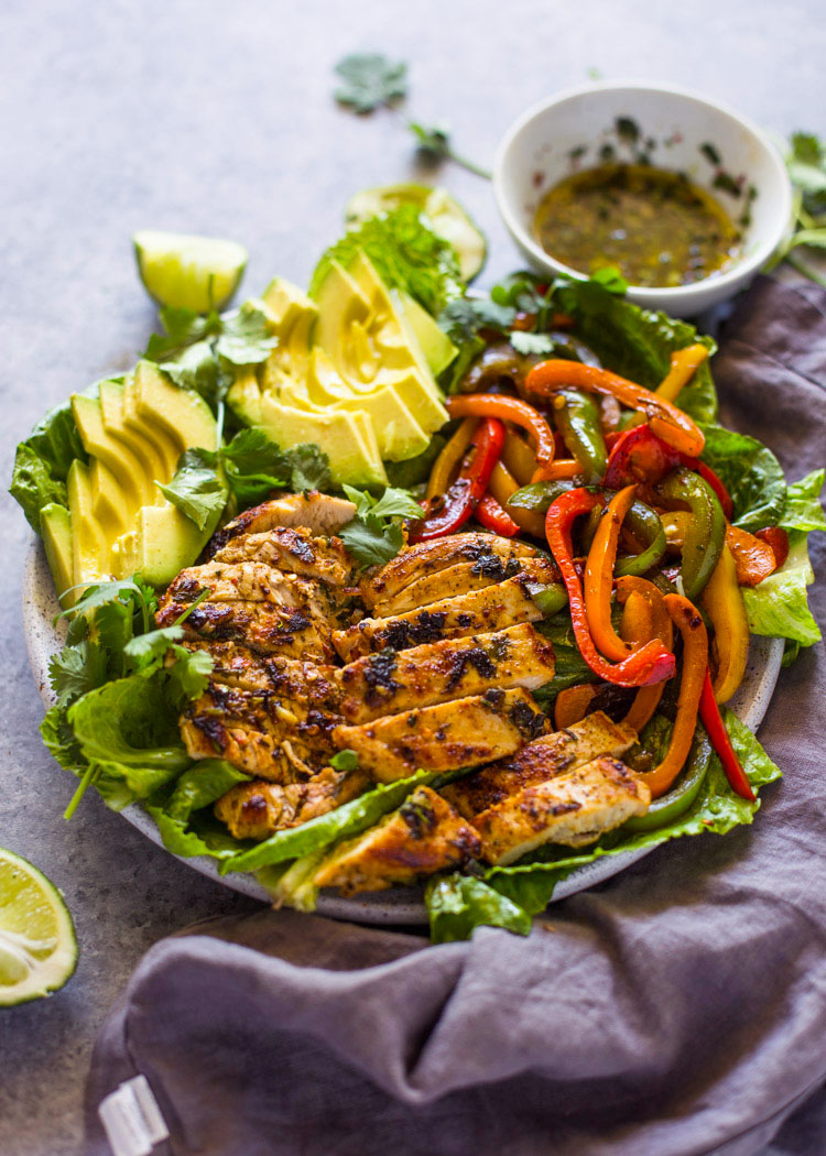 Skinny Grilled Chicken Fajita Amp Avocado Salad Gimme Delicious