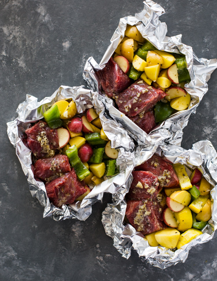 Foil Pack Garlic Steak & Veggies