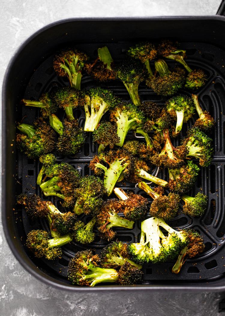 10 Minute Crispy Air Fryer Broccoli | Gimme Delicious