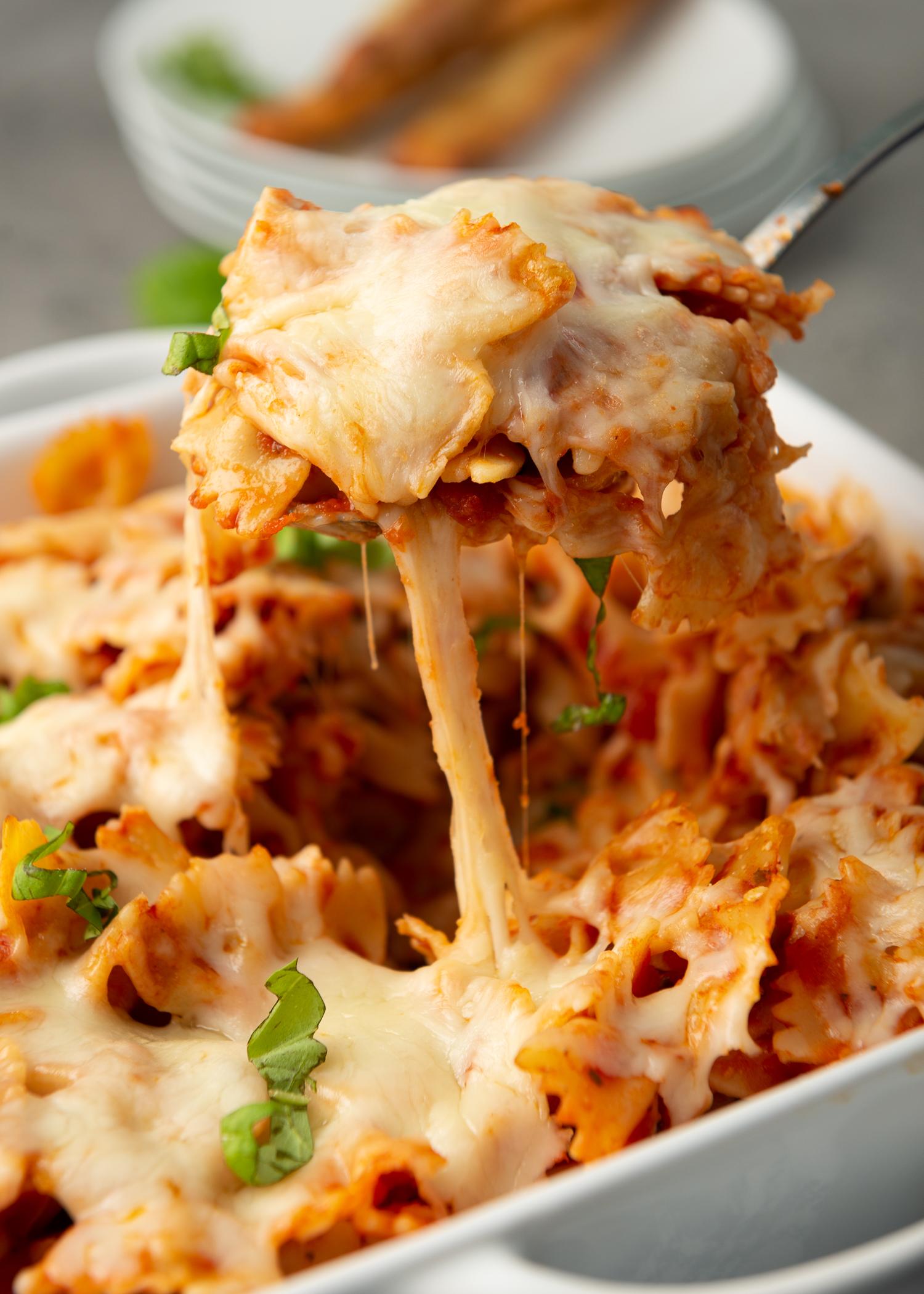 10 Ingredient Chicken Pasta casserole